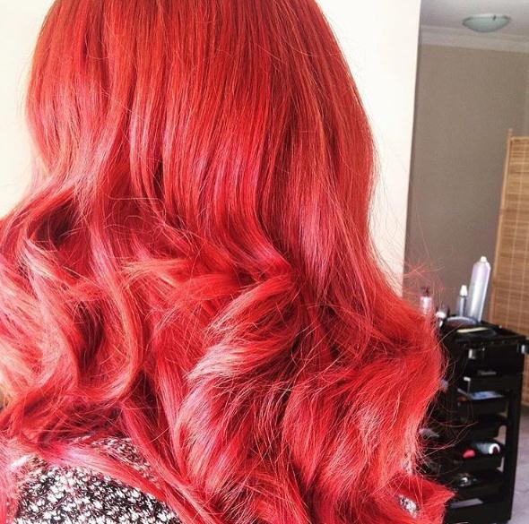 Wavy red long hair colors 2017