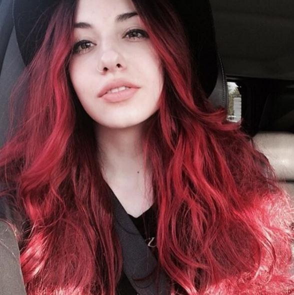 Wavy red long hair colors 2017 for long faces